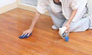 clean the teak hardwood flooring